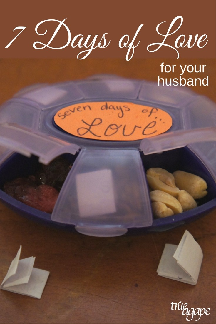 Show your man love for the whole week with this simple treat for him made from a pill box.