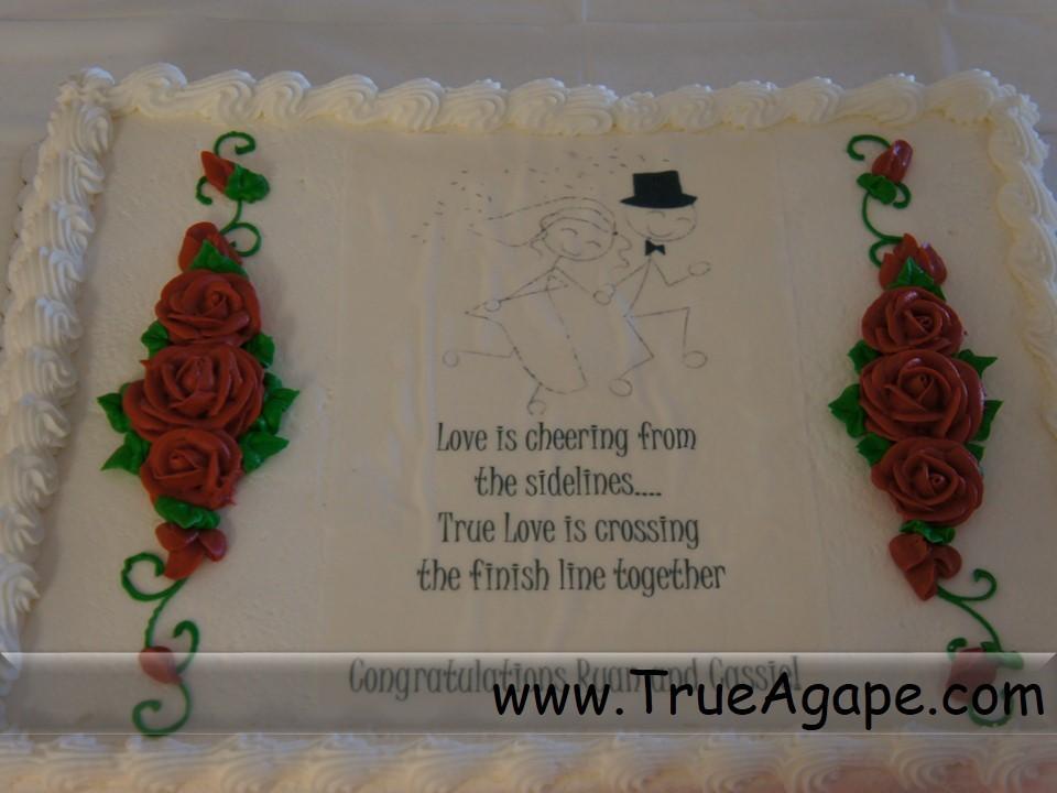 running theme wedding cake