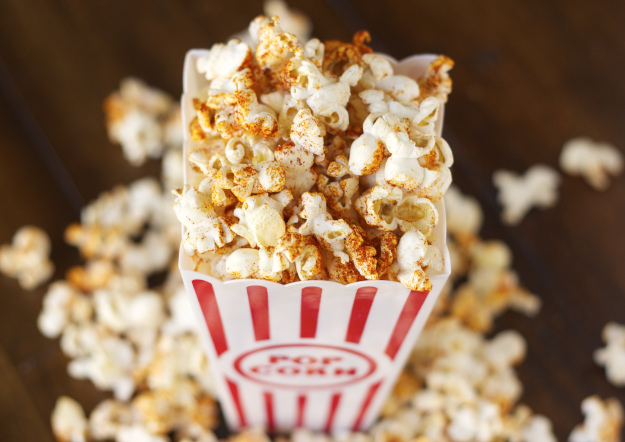 Need a healthy alternative to buttery popcorn? Try this BBQ air-popped popcorn!