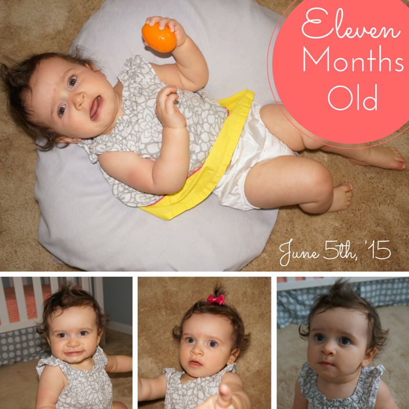 Great idea for watching baby grow. Month by month pictures.