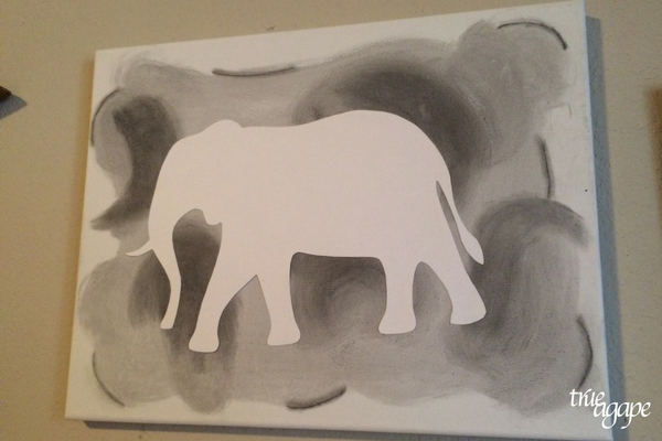 Elephant theme toddler room makeover - DIY elephant canvas art