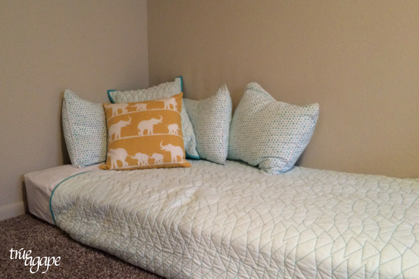 Elephant themed toddler room makeover- blue triangle comforter from Target