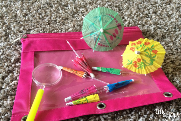 10 Toddler Busy Bags For Traveling- explore and discover bag with magnifying glass