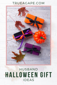 See these easy and fun husband halloween gift ideas. Try your hand in making a DIY Halloween card or follow our template to make a Halloween treat bag that will make him smile. Don't forget to add the chocolates!